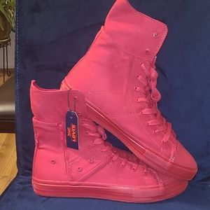 New Levi's casual boot sneakers size 12 and 13